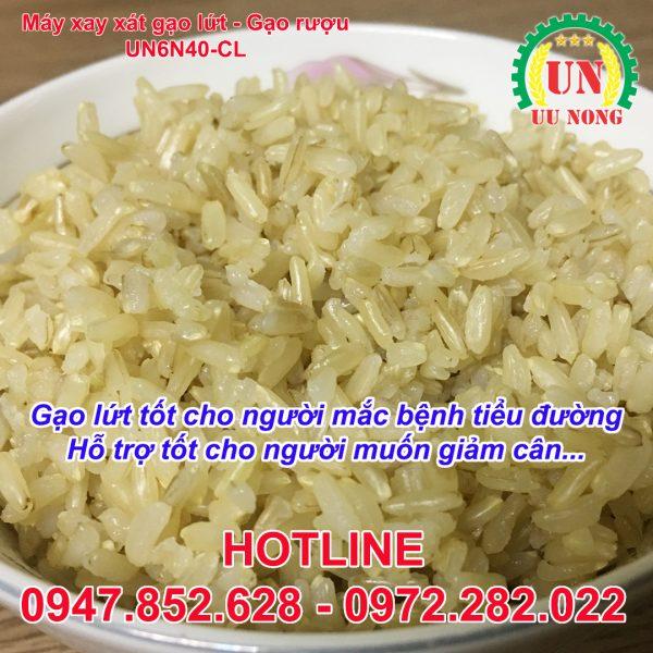 Cơm lứt từ máy xay xát lúa gạo UN6N40-CL